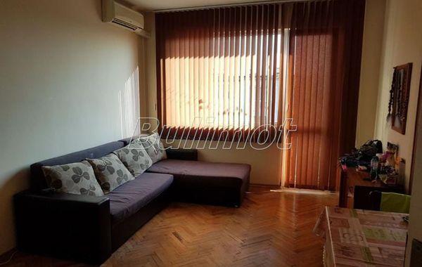 тристаен апартамент варна 5vb1klhw