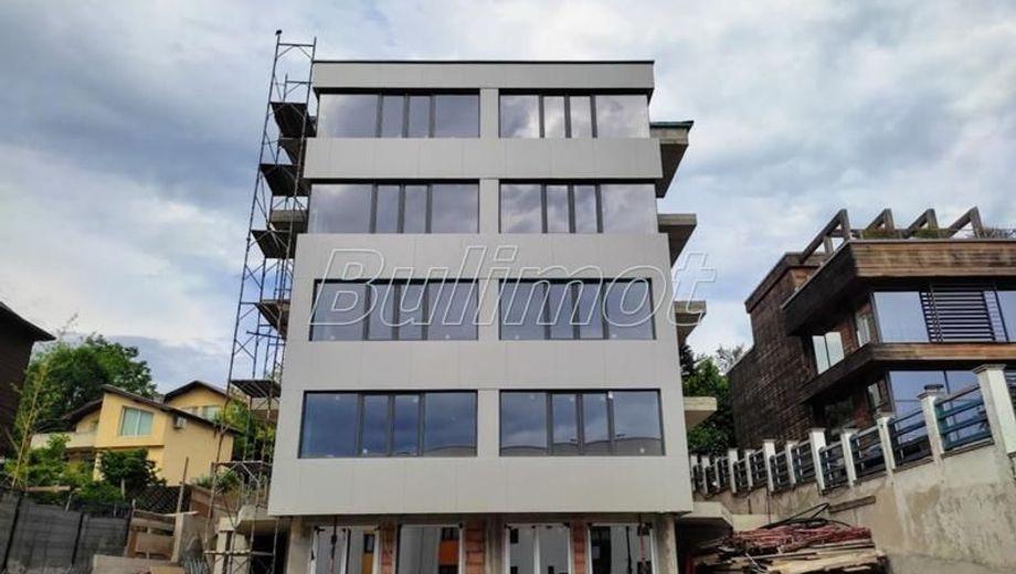 тристаен апартамент варна 5x5bx2jq
