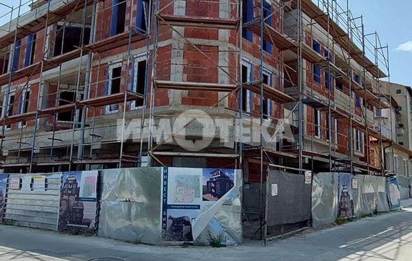 тристаен апартамент варна 654pa6tn