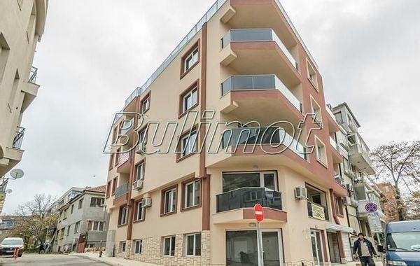 тристаен апартамент варна 665a145u