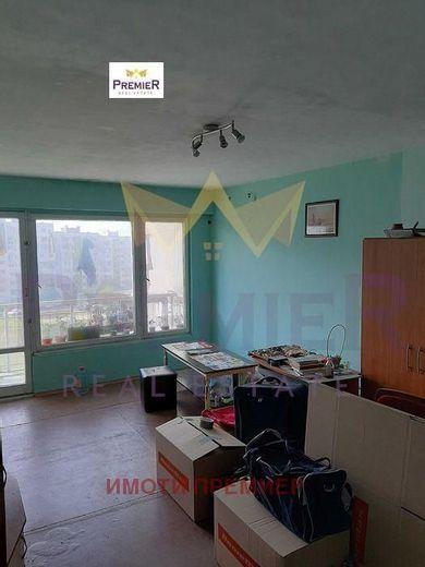 тристаен апартамент варна 6csrb6e9