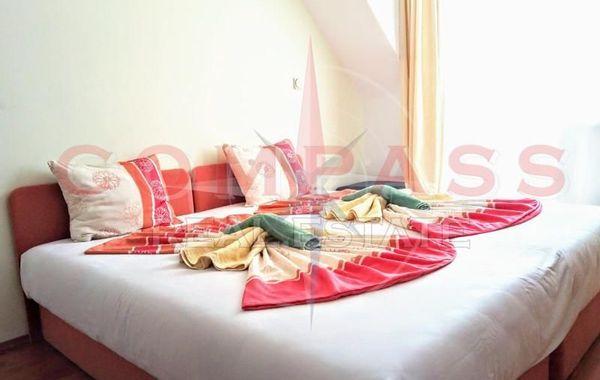 тристаен апартамент варна 6jlab3nw