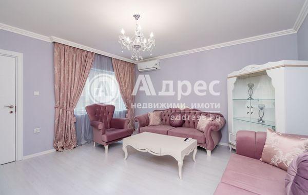 тристаен апартамент варна 6nv6d1ul