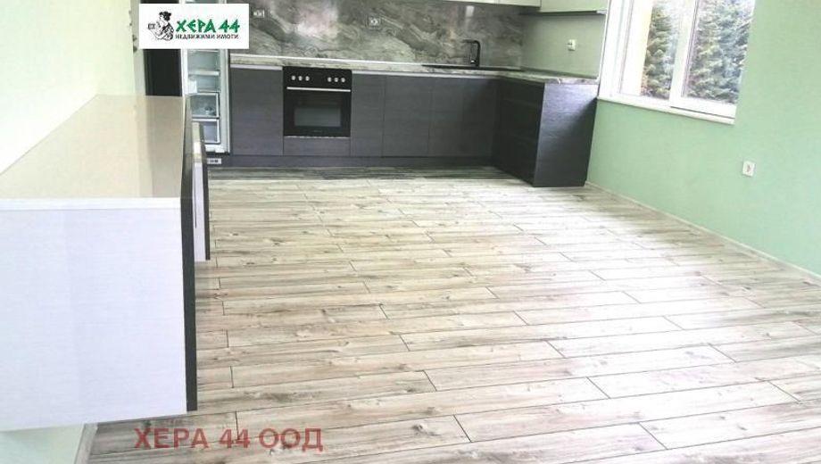 тристаен апартамент варна 6r8b333s