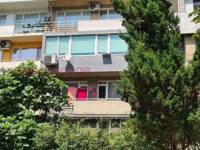 тристаен апартамент варна 6tndxbxw