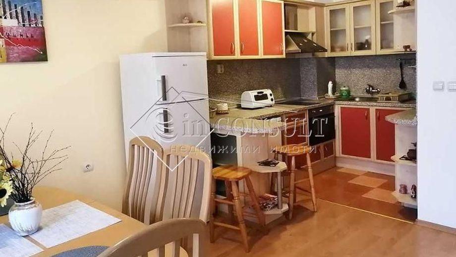 тристаен апартамент варна 6w5yd6gl