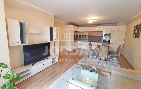 тристаен апартамент варна 7g34e9ca