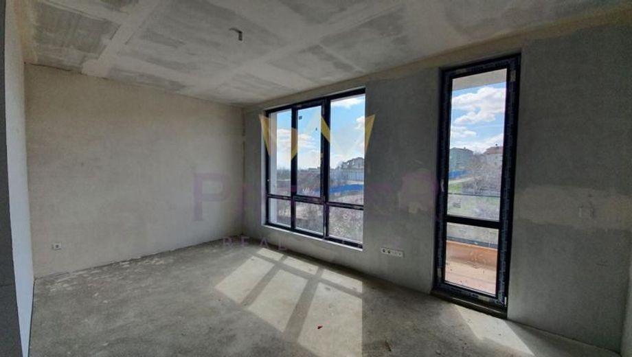 тристаен апартамент варна 7hyxq1fy