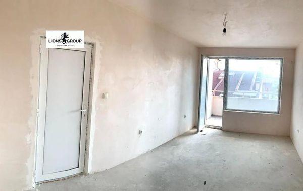 тристаен апартамент варна 7p128ua3