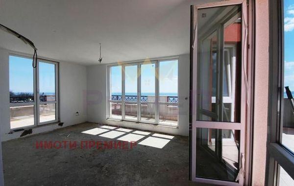 тристаен апартамент варна 7vptt39r