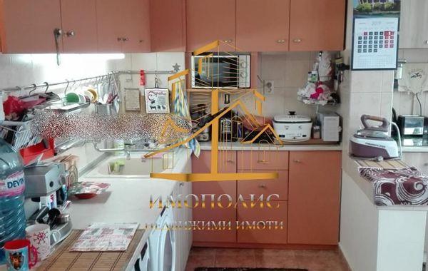 тристаен апартамент варна 8g7at81h