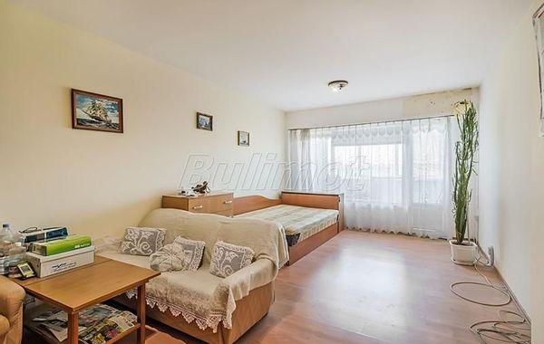 тристаен апартамент варна 8t22d358