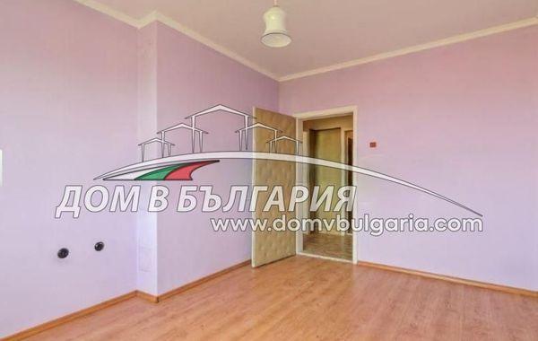 тристаен апартамент варна 93lj37rm