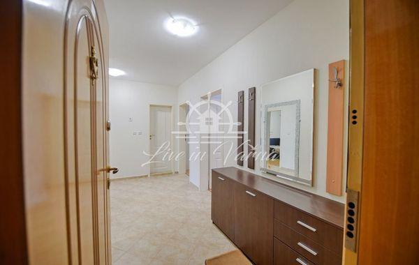 тристаен апартамент варна 973q67wf