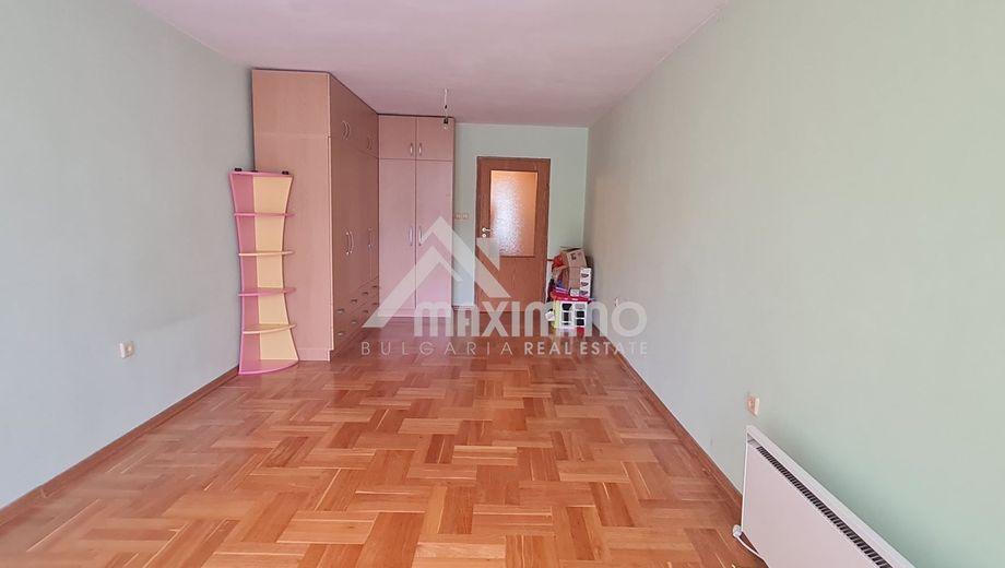 тристаен апартамент варна 99bgbpa8