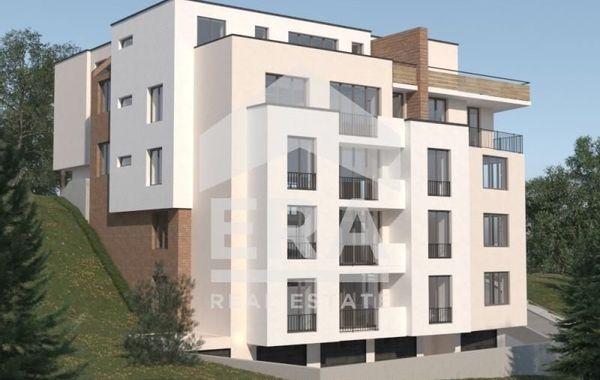 тристаен апартамент варна 9f5h8frh