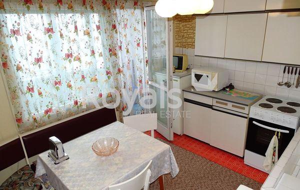 тристаен апартамент варна 9vr84ap2