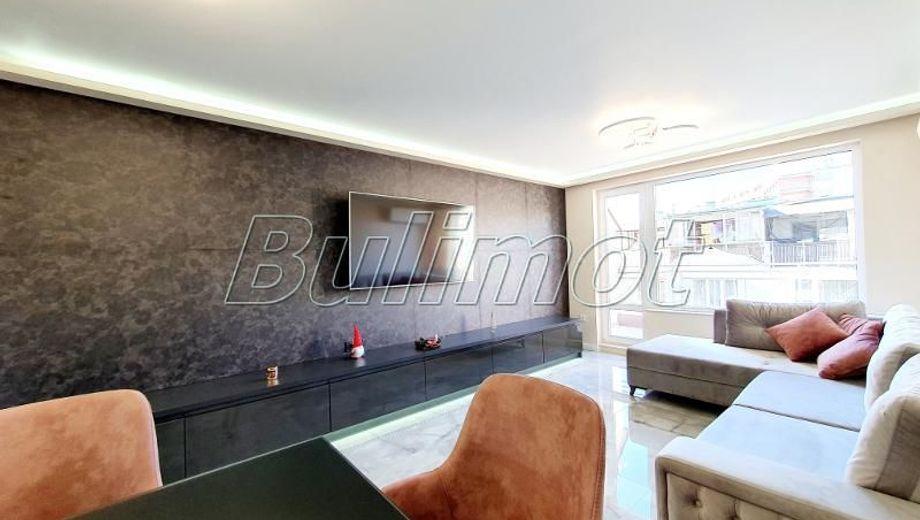 тристаен апартамент варна 9x1bpwkw