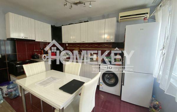 тристаен апартамент варна a5a2ehvs