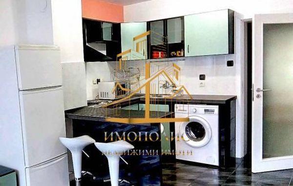 тристаен апартамент варна aalnr43j