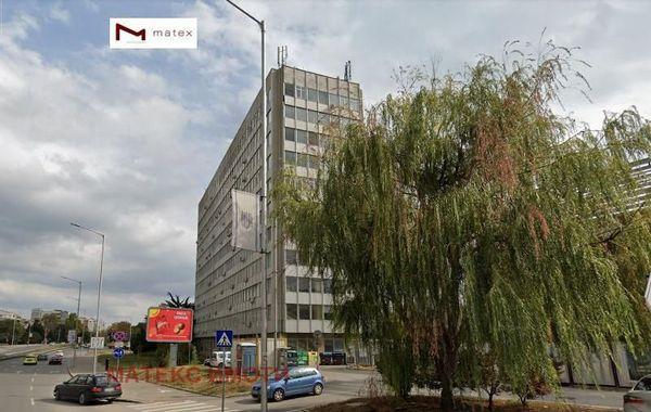 тристаен апартамент варна ad899jmk