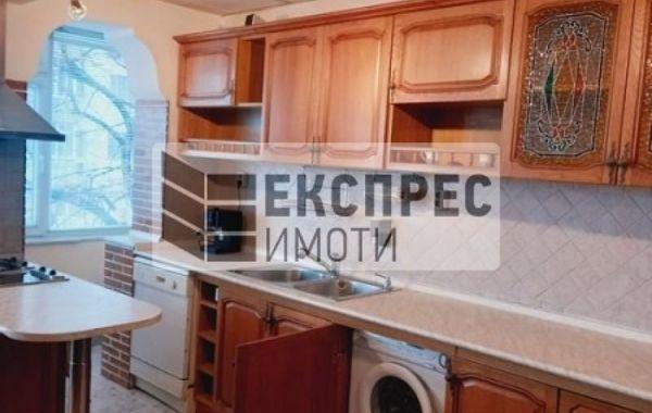 тристаен апартамент варна ahqxh388