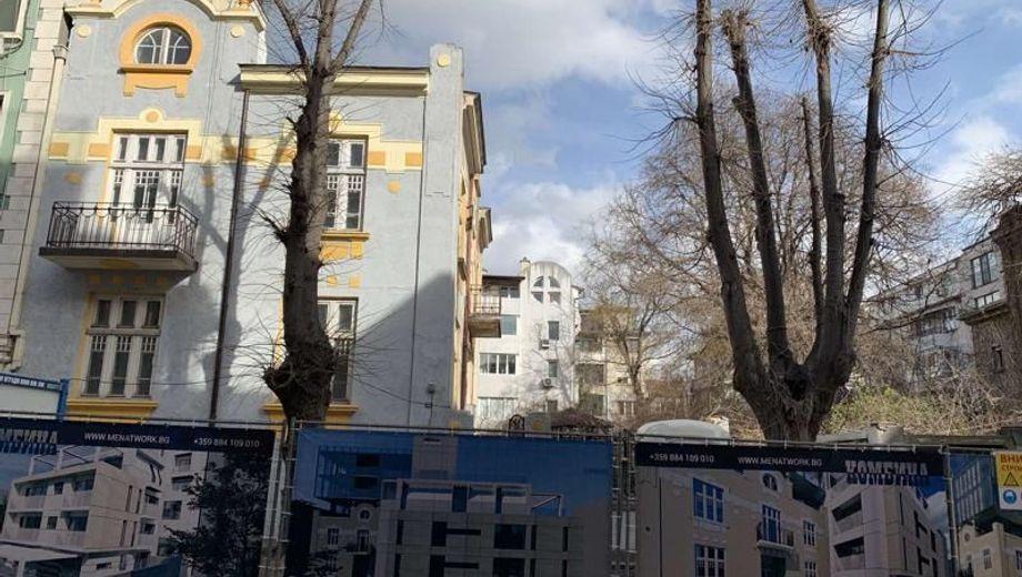 тристаен апартамент варна ajn32lwh