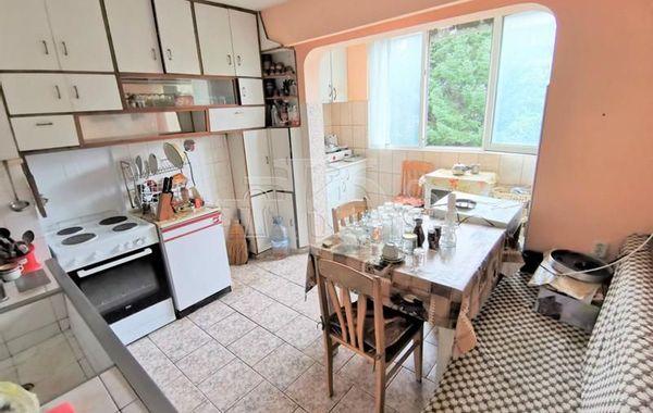 тристаен апартамент варна aluqst29