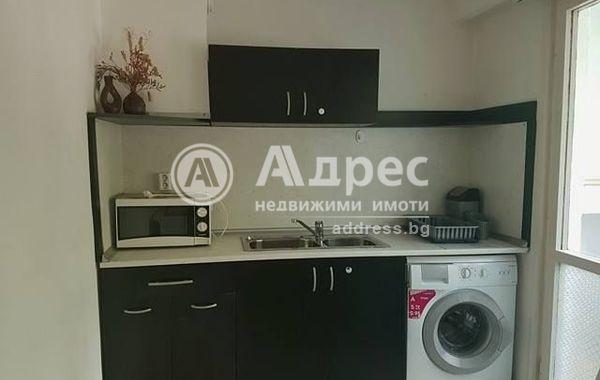тристаен апартамент варна ayslcjph