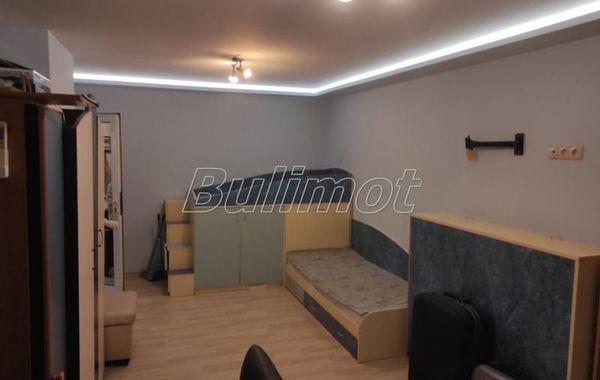тристаен апартамент варна b16ejm24
