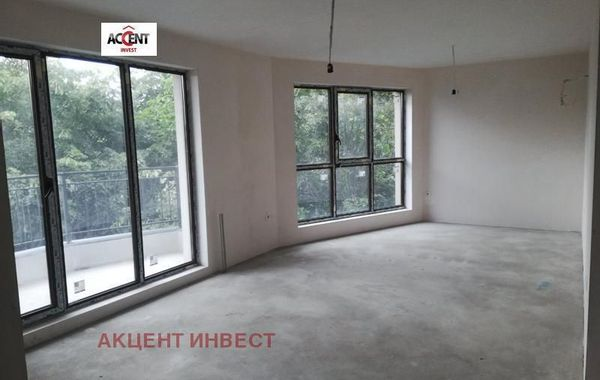 тристаен апартамент варна b1plfedf