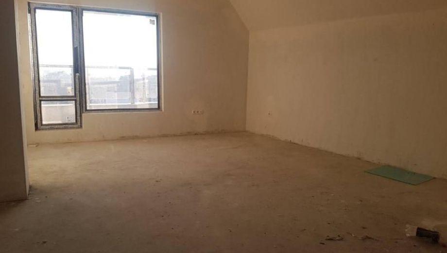 тристаен апартамент варна b564nrw9