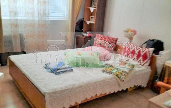 тристаен апартамент варна be4rn8sk