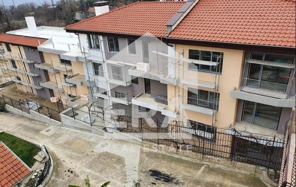 тристаен апартамент варна bg17ehyv