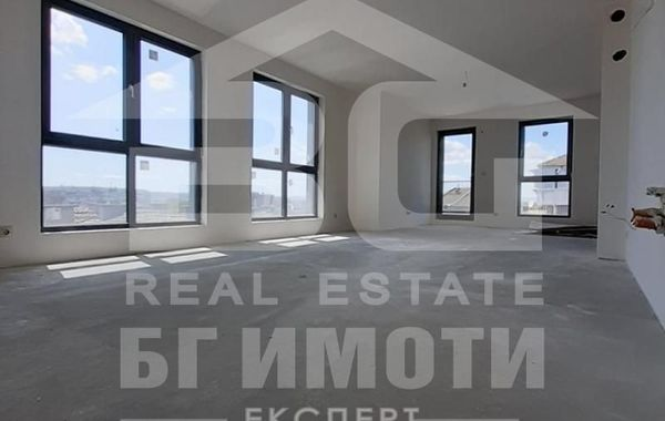 тристаен апартамент варна bhk8986m