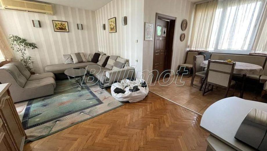 тристаен апартамент варна bhv29ams