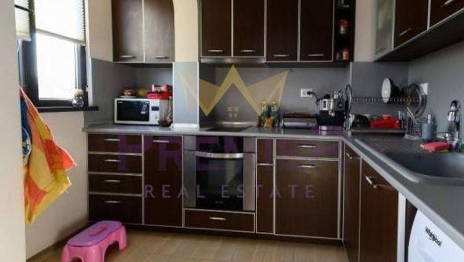 тристаен апартамент варна bka73gwf