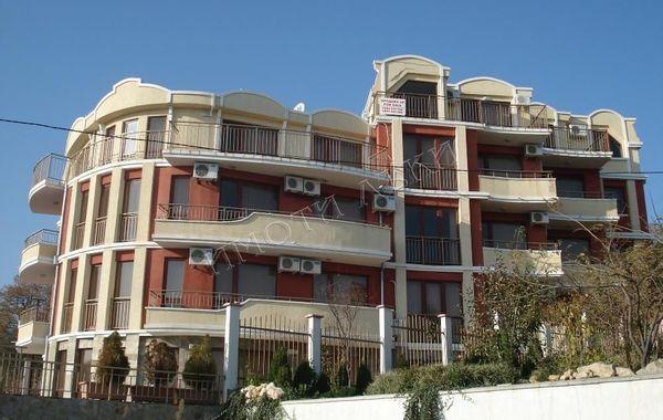 тристаен апартамент варна bkflwfm9