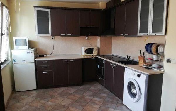тристаен апартамент варна bxxjcfqv