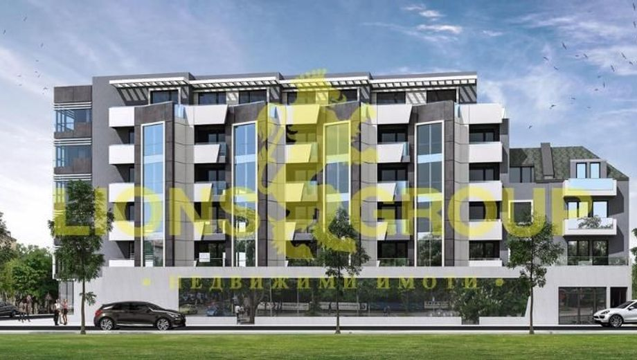 тристаен апартамент варна bydqtfaj