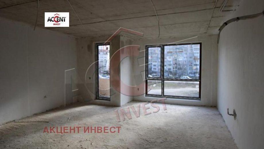 тристаен апартамент варна cuqgrh5v
