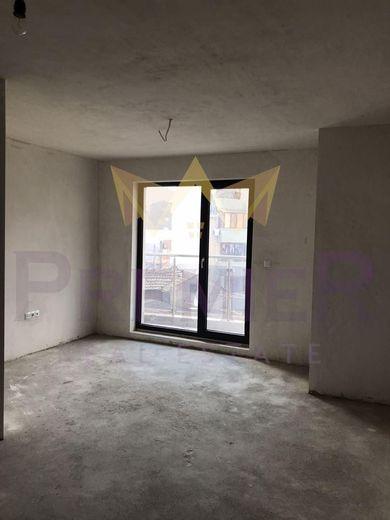 тристаен апартамент варна da426e68