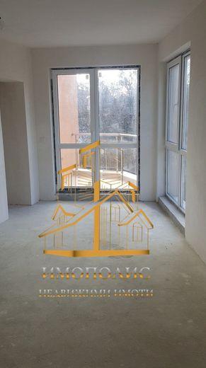 тристаен апартамент варна dp61gjjg