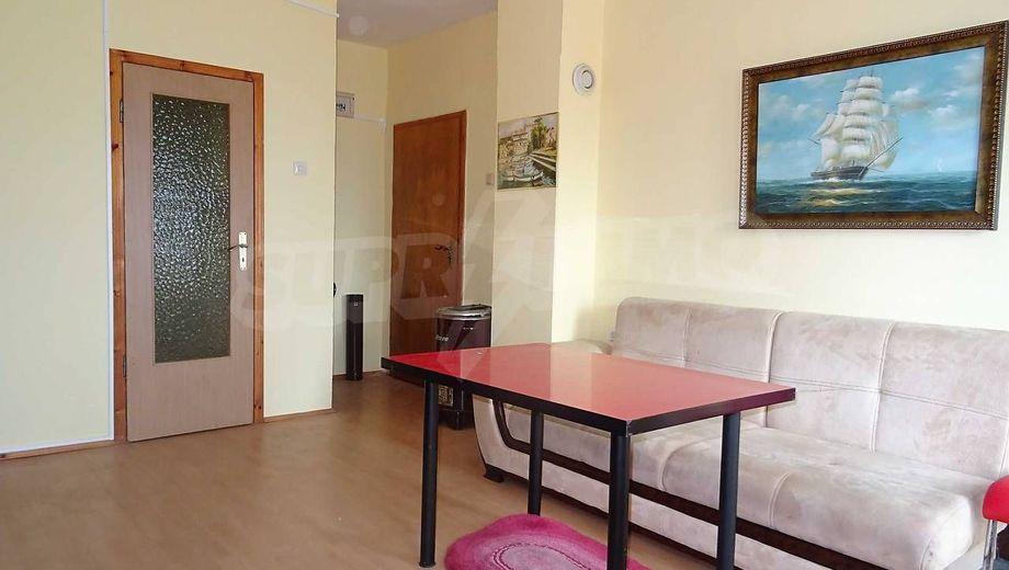 тристаен апартамент варна dvn86g7u