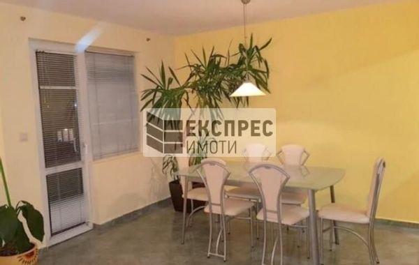 тристаен апартамент варна dxy36lfl