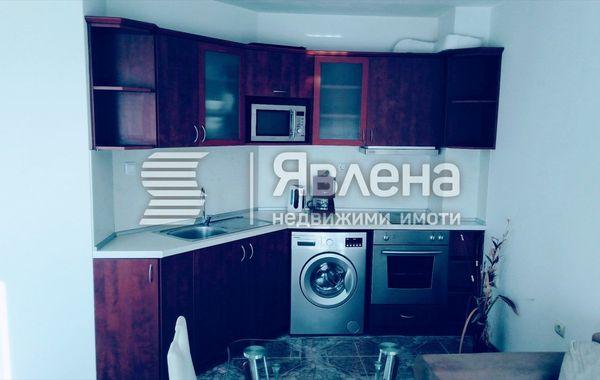 тристаен апартамент варна e2yxm57d