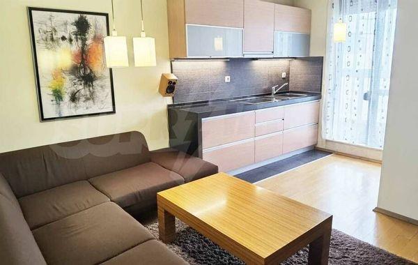тристаен апартамент варна e4meqb7u