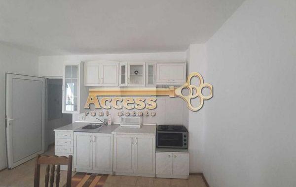 тристаен апартамент варна e8sjy2mm