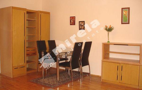 тристаен апартамент варна ecxlc1l2