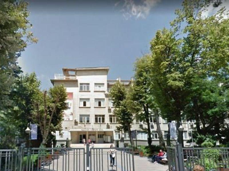 тристаен апартамент варна ej6ngenh